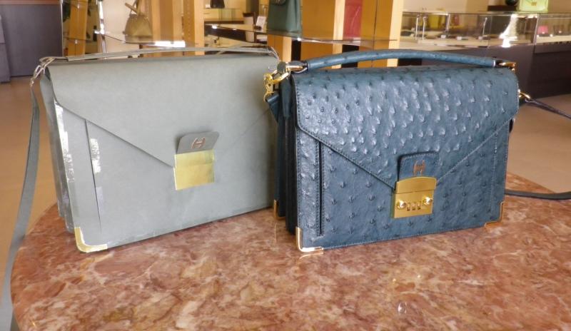 村上さんのバッグと模型